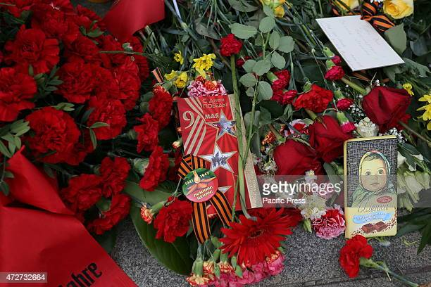 DES 17 JUNI BERLIN GERMANY Ambassadors of Canada Hungary France UK Ukraine Czechia and veterans of WWII take part in wreath laying ceremony in...