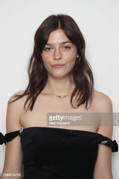 Amber Anderson attends the ALEXACHUNG show during London Fashion Week September 2018 at Victoria House, on September 15, 2018 in London, England.