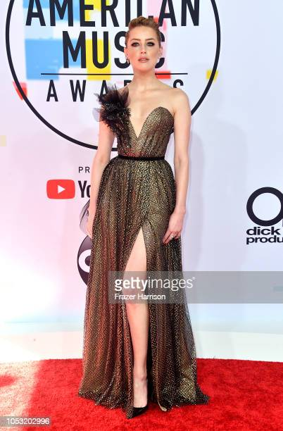 Amber Heard attends the 2018 American Music Awards at Microsoft Theater on October 09 2018 in Los Angeles California