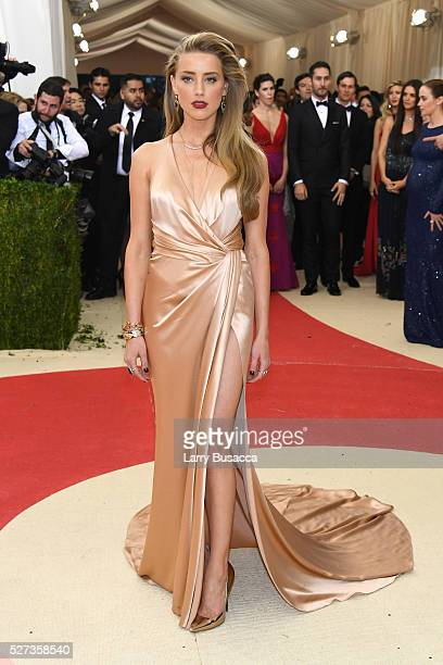 """Amber Heard attends the """"Manus x Machina: Fashion In An Age Of Technology"""" Costume Institute Gala at Metropolitan Museum of Art on May 2, 2016 in New..."""