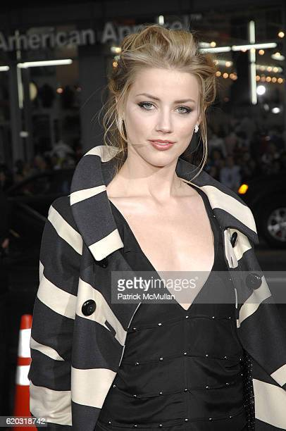 Amber Heard attends The Universal Pictures Premiere of Forgetting Sarah Marshall at Graumans Chinese Theatre on April 10 2008 in Hollywood CA
