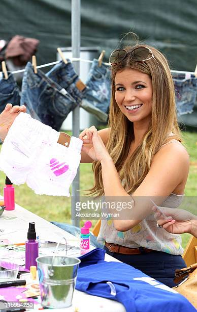 Amber Lancaster at the 77kids By American Eagle 'Surfin' Safari' at A Time For Heroes Celebrity Carnival held at The Wadsworth Great Lawn on June 12...