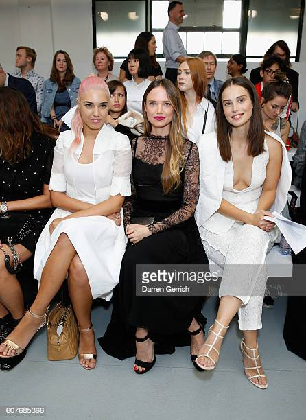 Amber Le Bon Alicia Rountree and Heida Reed attend the Antonio Berardi show during London Fashion Week Spring/Summer collections 2017 on September 19...