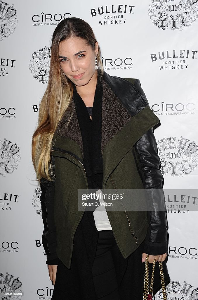 Amber Le Bon arrives for the 'Steam and Rye' Restaurant launch party on November 19, 2013 in London, England.