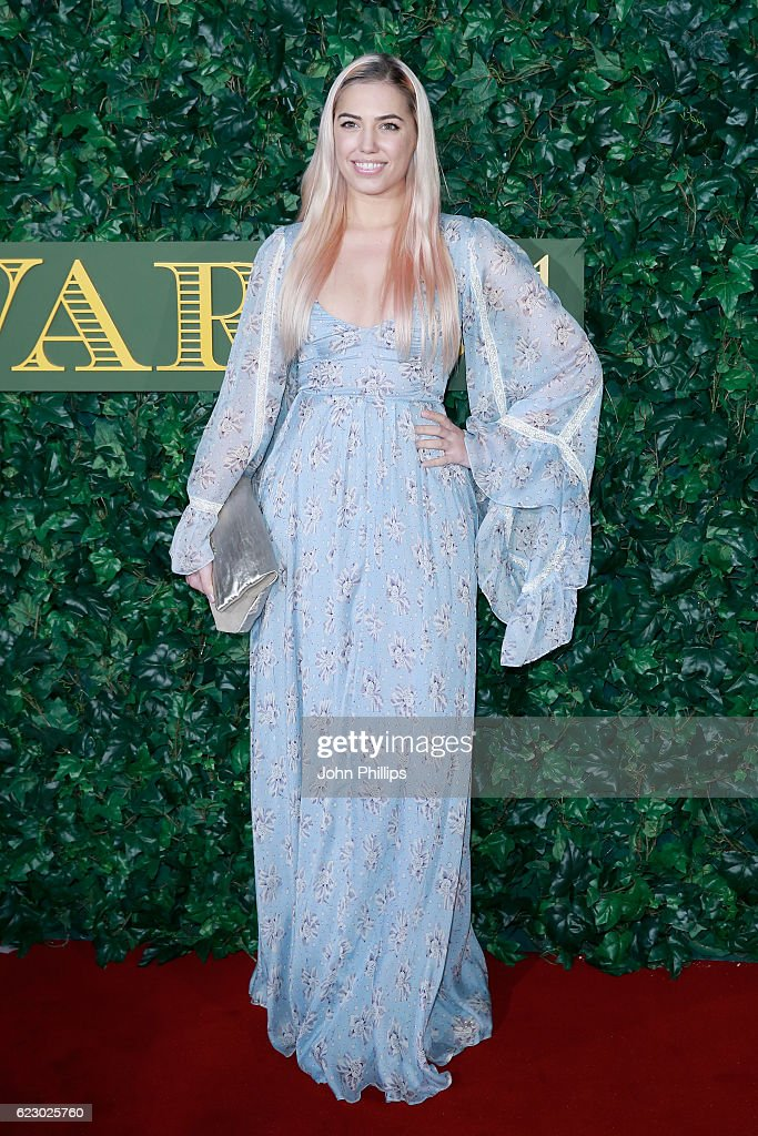 The London Evening Standard Theatre Awards - Red Carpet Arrivals : News Photo