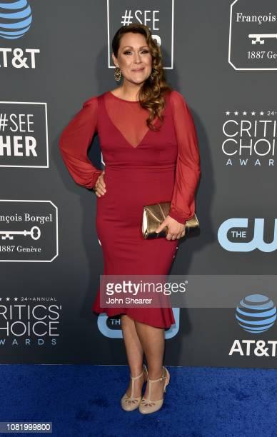 Amber Nash attends the 24th Annual Critics' Choice Awards at Barker Hangar on January 13 2019 in Santa Monica California