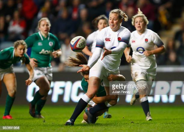 Amber Reed of England makes a pass during the Natwest Women's Six Nations match between England Women and Ireland Women at Ricoh Arena on March 16...