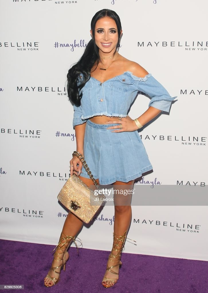 Amber Scholl attends Maybelline's Los Angeles Influencer Launch Event at 1OAK on August 10, 2017 in West Hollywood, California.