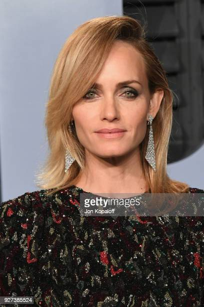 Amber Valletta attends the 2018 Vanity Fair Oscar Party hosted by Radhika Jones at Wallis Annenberg Center for the Performing Arts on March 4 2018 in...