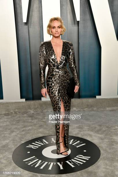 Amber Valletta attends the 2020 Vanity Fair Oscar Party hosted by Radhika Jones at Wallis Annenberg Center for the Performing Arts on February 09,...