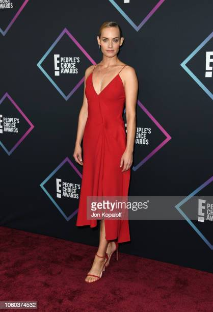 Amber Valletta attends the People's Choice Awards 2018 at Barker Hangar on November 11 2018 in Santa Monica California