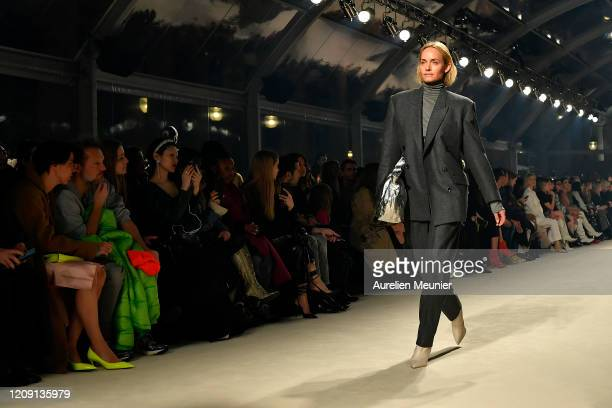 Amber Valletta walks the runway during the Isabel Marant show as part of the Paris Fashion Week Womenswear Fall/Winter 2020/2021 on February 27, 2020...