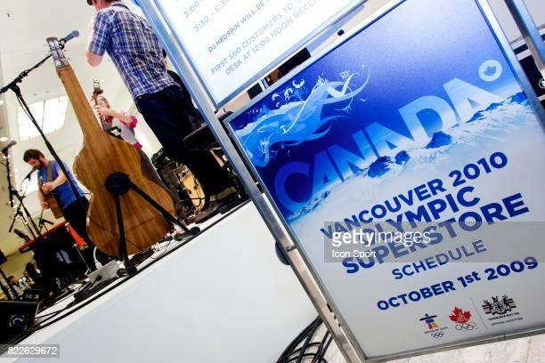 Ambiance Ouverture de l Olympic Superstore a Vancouver Jeaux Olympiques d Hiver de Vancouver 2010 Vancouver