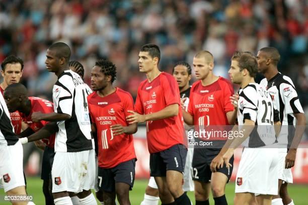 MAKOUN TAVLARIDIS BODMER Ambiance en attente du corner Lille / Rennes 1ere journee de Ligue 1 Stadium Villeneuve d'ascq