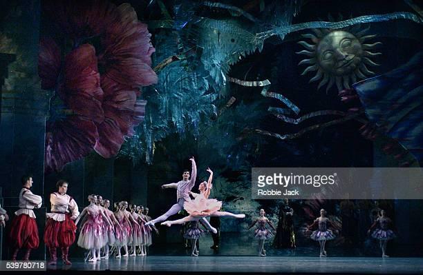 Ambra Vallo and Dominic Antonucci in the Birmingham Royal Ballet's production of The Nutcracker Composer Pyotr Ilyich Tchaikovsky