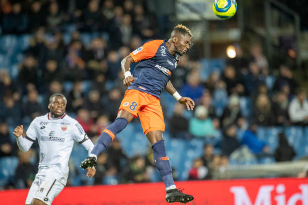 MHSC -EQUIPE DE MONTPELLIER -LIGUE1- 2019-2020 - Page 4 Ambroise-oyongo-of-montpellier-heads-clear-during-the-montpellier-v-picture-id1201931343?k=6&m=1201931343&s=612x612&w=0&h=7Fwut_ODrbjeEuKEWKg0pTxfVDhnVUYrAkdNEGeBrAg=