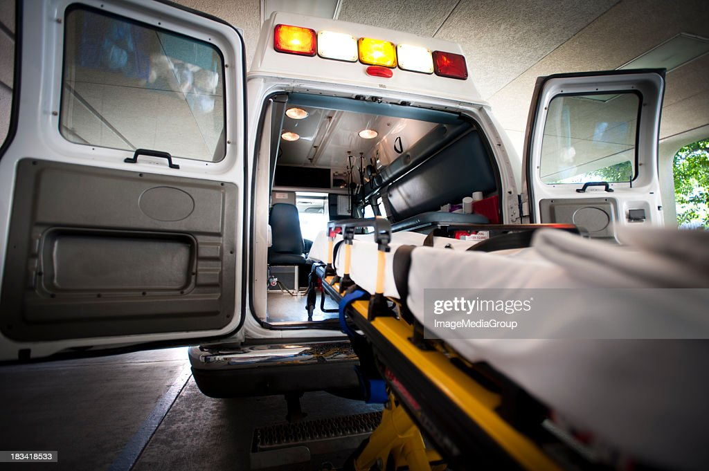 Ambulanza e Gurney : Foto stock