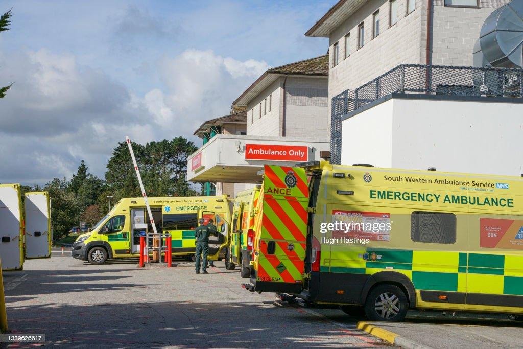 Cornish Hospital Trust Suspends Surgeries Due To Rising Covid Cases : News Photo
