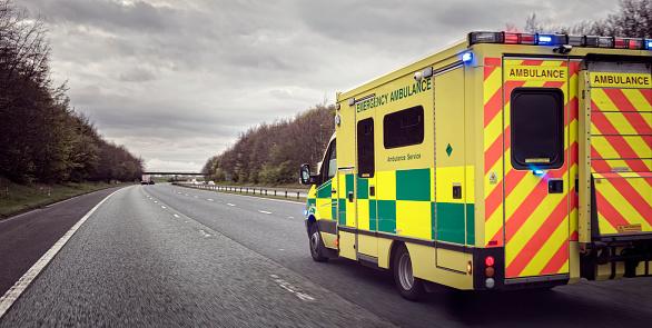 Ambulance 680444532