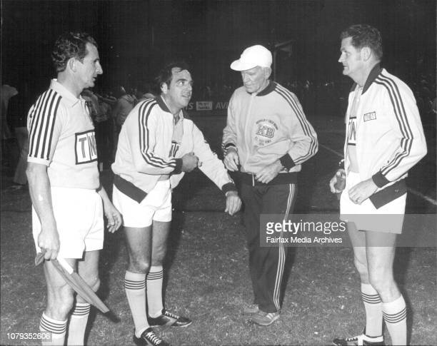 Amco Cup final between Cronulla and Brisbane at Leichhardt Ovel tonight Touch Judge J Farrelly Referee Greg Hartley masseur Fred West and toutch...
