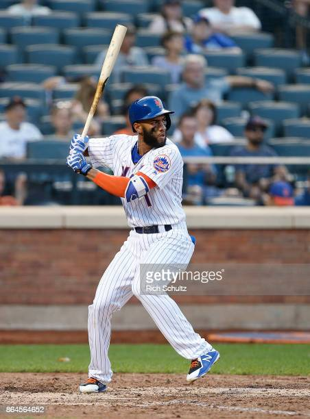 Amed Rosario of the New York Mets in action during the first game of a double header against the Atlanta Braves at Citi Field on September 25 2017 in...