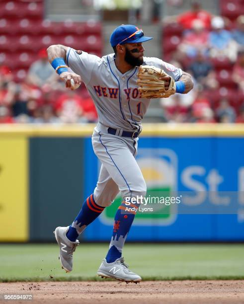 Amed Rosario of the New York Mets throws the ball to first base against the Cincinnati Reds at Great American Ball Park on May 9 2018 in Cincinnati...