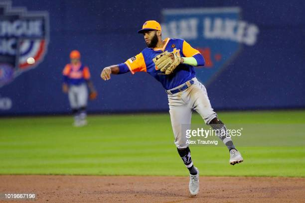 Amed Rosario of the New York Mets throws to first base for the out during the 2018 Little League Classic against the Philadelphia Phillies at...