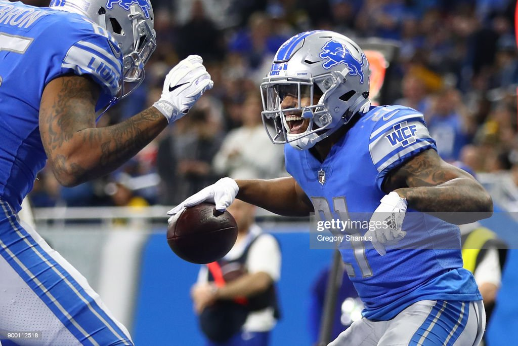 Ameer Abdullah #21 of the Detroit Lions celebrates his touchdown against the Green Bay Packers during the fourth quarter at Ford Field on December 31, 2017 in Detroit, Michigan.