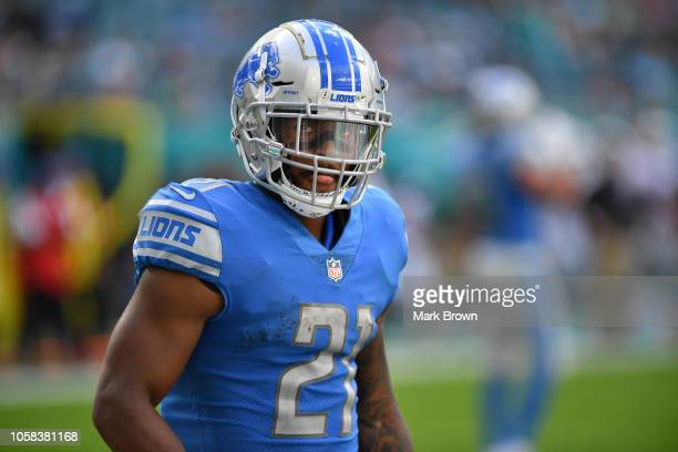 Ameer Abdullah of the Detroit Lions in action against the Miami Dolphins at Hard Rock Stadium on October 21, 2018 in Miami, Florida.
