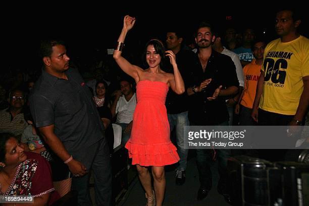 Ameesha Patel and Neil Nitin Mukesh attend Shiamak Davar's Summer Funk event held in Mumbai