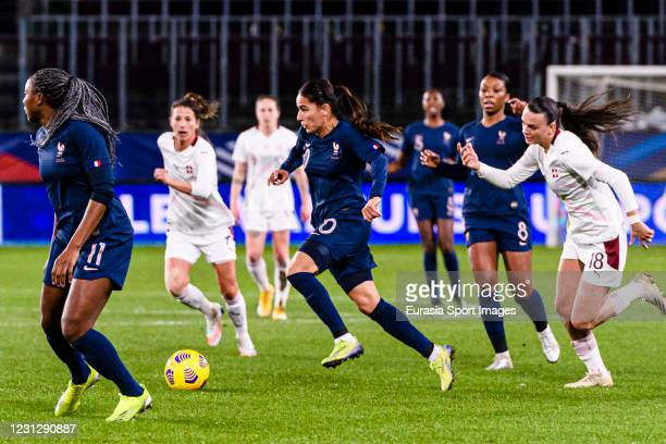 Amel Majri of France runs with the ball during the friendly match between France and Switzerland at Saint-Symphorien Stadium on February 20, 2021 in...