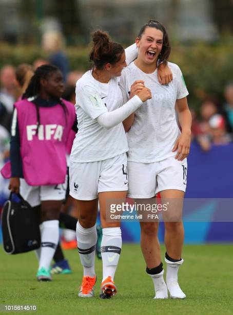 Amelie Delabre of France celebrates the win after the FIFA U20 Women's World Cup France 2018 group A match between Netherlands and France at on...
