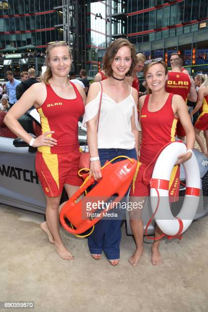 Amelie PlaasLink with life guards during the Baywatch European Premiere Party on May 31 2017 in Berlin Germany