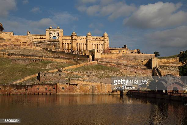 Amer Fort was built by Raja Man Singh and is well known for its architectural style of Hindu elements. Inside the fort complex is an opulent palace...