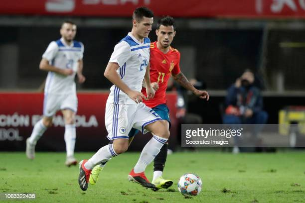 Amer Gojak of Bosnia and Herzegovina Suso of Spain during the UEFA Nations league match between Spain v Bosnia and Herzegovina at the Estadio de Gran...