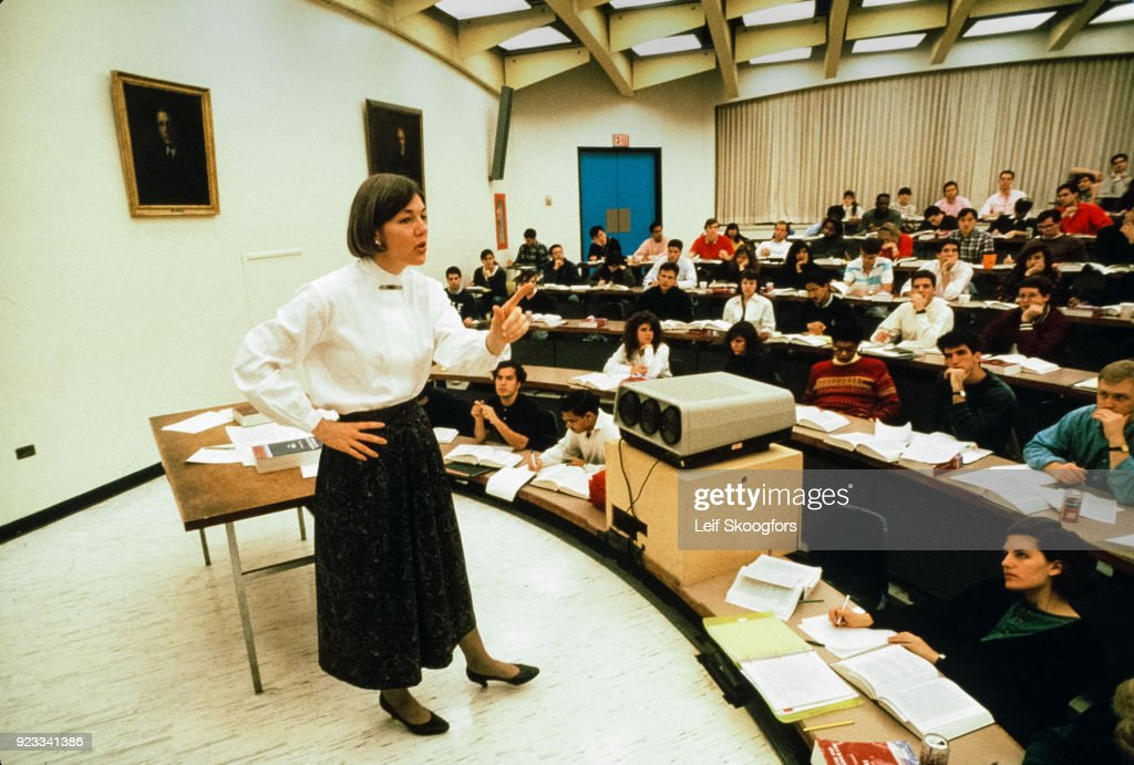 Elizabeth Warren Teaches At Penn Law : News Photo