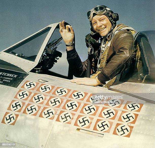 American ace fighter pilot Captain Fred J Christensen in the cockpit of his P47 Thunderbolt fighter circa 1944 Christensen flew bomber escort...
