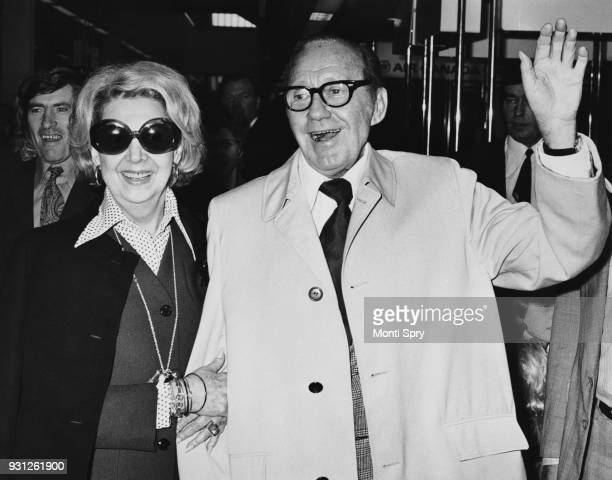 American actor and comedian Jack Benny and his wife actress Mary Livingstone arrive at London Airport for a stage tour of Britain 12th June 1973