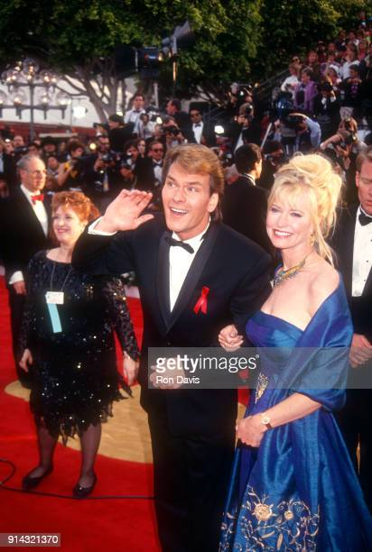 American actor and dancer Patrick Swayze and his wife Lisa Niemi arrive before the 64th Annual Academy Awards on March 30 1992 at the Dorothy...