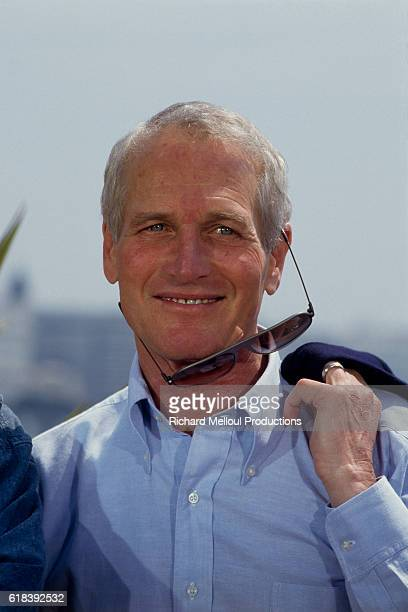 American actor and director Paul Newman attends the 40th Cannes Film Festival to present his movie The Glass Menagerie