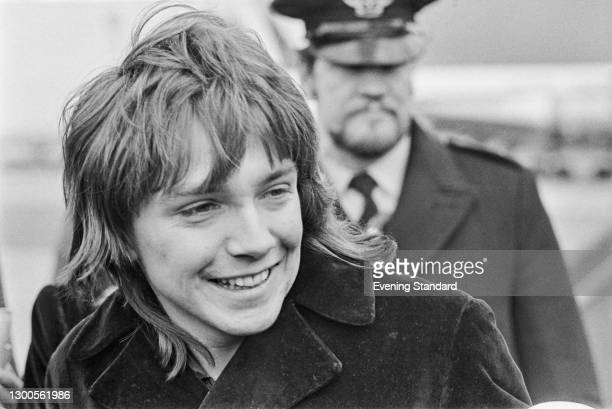 American actor and singer David Cassidy arrives at Luton Airport in England to begin his European Tour, UK, 15th March 1973.