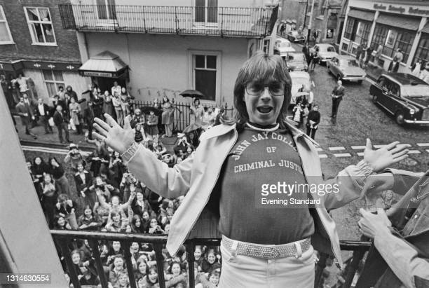 American actor and singer David Cassidy poses at the Radio Luxembourg offices on Hertford Street in London, UK, 23rd May 1974. A large group of fans...