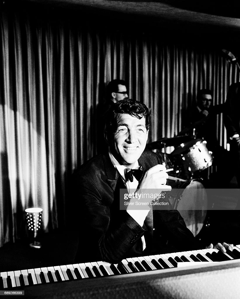 American actor and singer Dean Martin (1917 - 1995) as Sam Harmon in the heist film 'Ocean's 11', 1960.