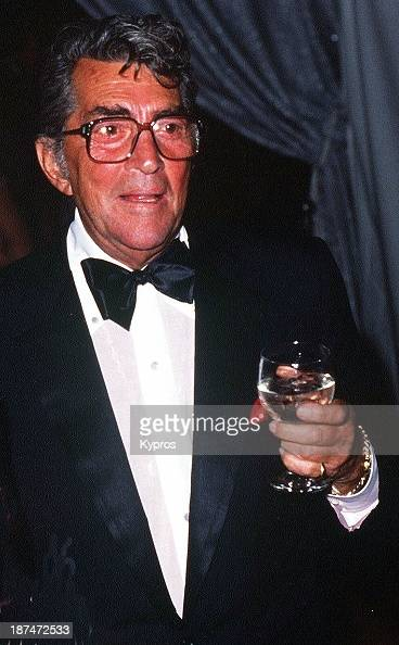 american actor and singer dean martin circa 1988 news photo getty images. Black Bedroom Furniture Sets. Home Design Ideas