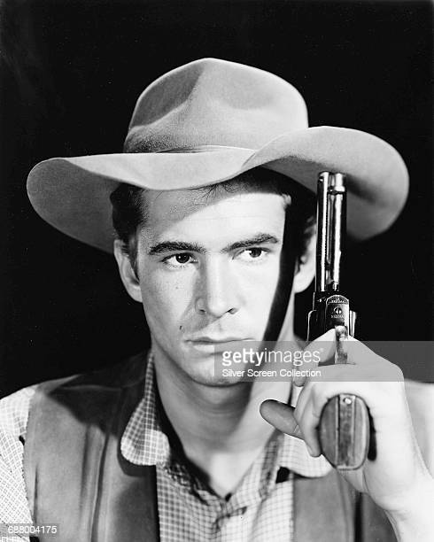American actor Anthony Perkins as Sheriff Ben Owens in the western 'The Tin Star' 1957