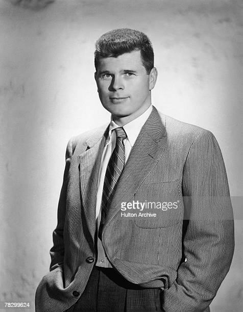 American actor Barry Nelson , star of the CBS TV sit-com 'My Favourite Husband', 18th August 1953.