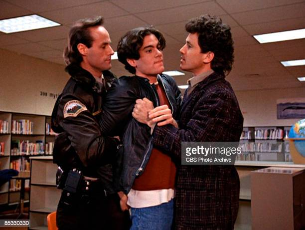 American actor Dana Ashbrook struggles between actor Harry Goaz and Canadian actor Michael Ontkean in a scene from the pilot episode of the...