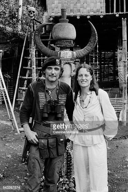 American actor Dennis Hopper with his partner French photographer Caterine Milinaire on the set of the film Apocalypse Now directed by Francis Ford...