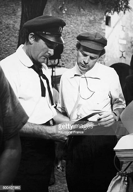 American actor Errol Flynn with the film director William Marshall during the shooting of 'Adventures of Captain Fabian' on September 1 1950 in...