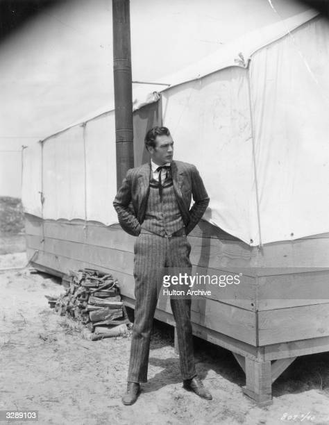 American actor Gary Cooper stars in the Paramount film 'The Spoilers', set during the Alaska gold rush and directed by Edwin Carewe.